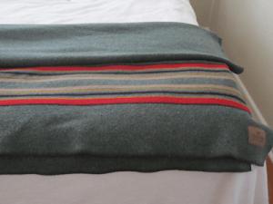 wool blanket for survival